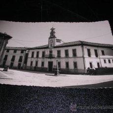 Postales: PRAVIA,(OVIEDO),AYUNTAMIENTO FOTO M. FIGUEROLA, 14X9 CM.-Nº5. Lote 23423641