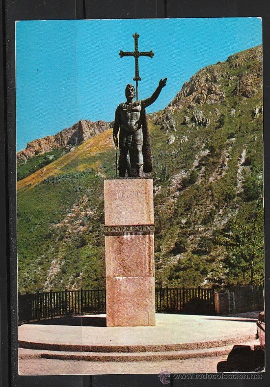 2.018.- COVADONGA. ESTATUA DEL REY DON PELAYO (Postales - España - Asturias Moderna (desde 1.940))