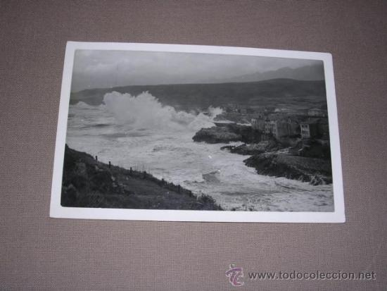 LLANES - DIA DE TEMPORAL FOT. EDC. JOSE LUIS ROZAS -14X9 CM. CIRCULADA (Postales - España - Asturias Moderna (desde 1.940))