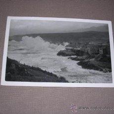 Postales: LLANES - DIA DE TEMPORAL FOT. EDC. JOSE LUIS ROZAS -14X9 CM. CIRCULADA. Lote 37219724