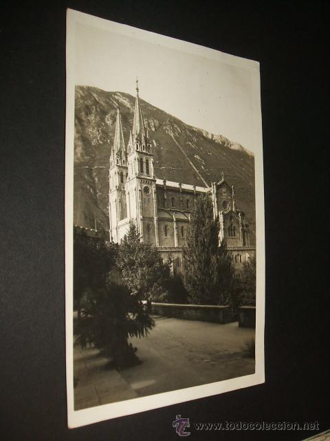 COVADONGA ASTURIAS POSTAL FOTOGRAFICA CELESTINO COLLADA LIBRERIA OVIEDO (Postales - España - Asturias Antigua (hasta 1.939))