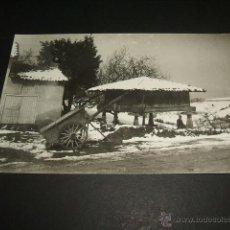 Postales: ASTURIAS HORREO Y CASERIO NEVADA POSTAL FOTOGRAFICA COLLADA OVIEDO. Lote 46390950