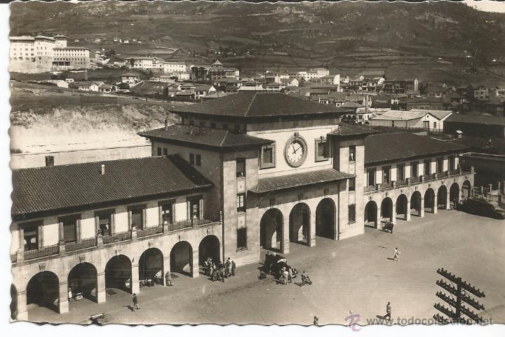 OVIEDO - ESTACIÓN DE F.C. DEL NORTE - Nº 34 ED. ARRIBAS (Postales - España - Asturias Moderna (desde 1.940))