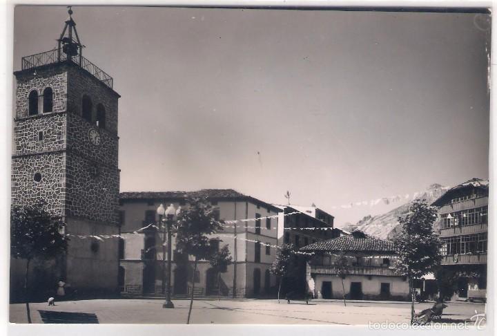 POSTAL DE RIAÑO ,PLAZA DE LA IGLESIA . (Postales - España - Asturias Moderna (desde 1.940))