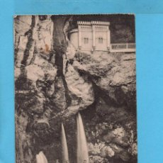 Postales: POSTAL DE COVADONGA CASCADAS Y VISTA DE LA CUEVA EDITO E VIC PARIS IRUN VER FOTOS . Lote 83125292