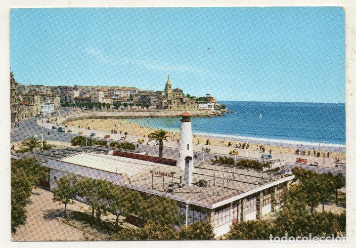 GIJÓN. PLAYA Y NÁUTICO. (Postales - España - Asturias Moderna (desde 1.940))