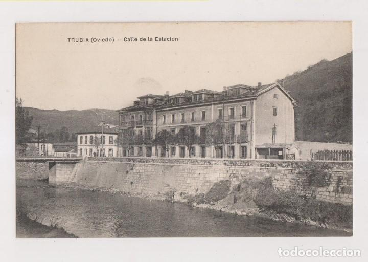 POSTAL. TRUBIA (OVIEDO). CALLE DE LA ESTACIÓN. ASTURIAS (Postales - España - Asturias Antigua (hasta 1.939))