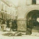 Postales: OVIEDO. PLAZA DEL MERCADO. PORCHES. FOTO POSTAL DE CELESTINO COLLADO. HACIA 1920.. Lote 165372718