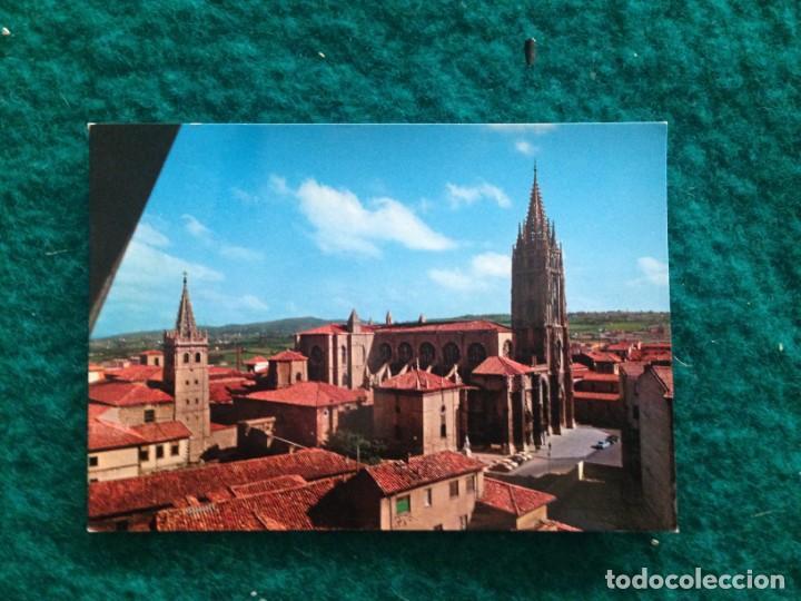 Postales: OVIEDO - CATEDRAL - CON MATASELLOS ESPECIAL DIA DE AMERICA -81 EN REVERSO - Foto 3 - 165884746