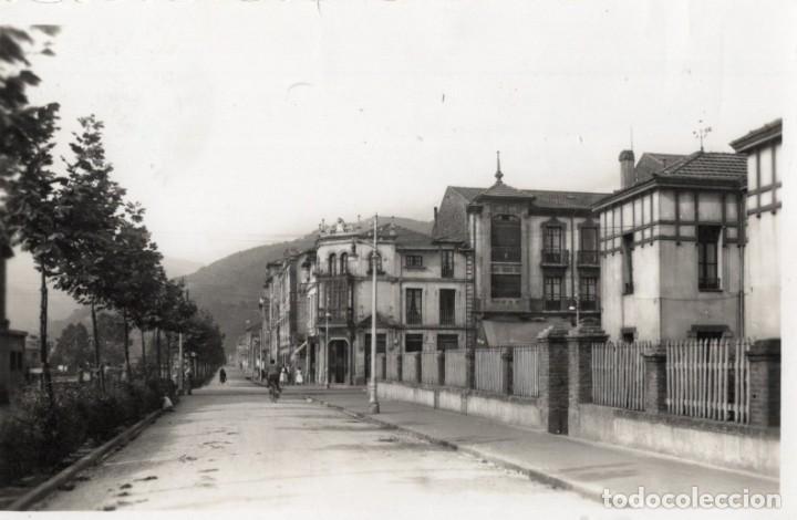 MIERES. 42 CALLES VALERIANO MIRANDA Y GUILHON. ARRIBAS (Postales - España - Asturias Moderna (desde 1.940))