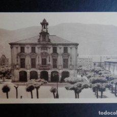 Postales: MIERES AYUNTAMIENTO POSTAL ANTIGUA. Lote 170532160