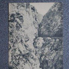 Postales: TEVERGA ASTURIAS UN TROZO CARRETERA FOTOGRAFÍA VILLEGAS ANTERIOR A 1905. Lote 170532432
