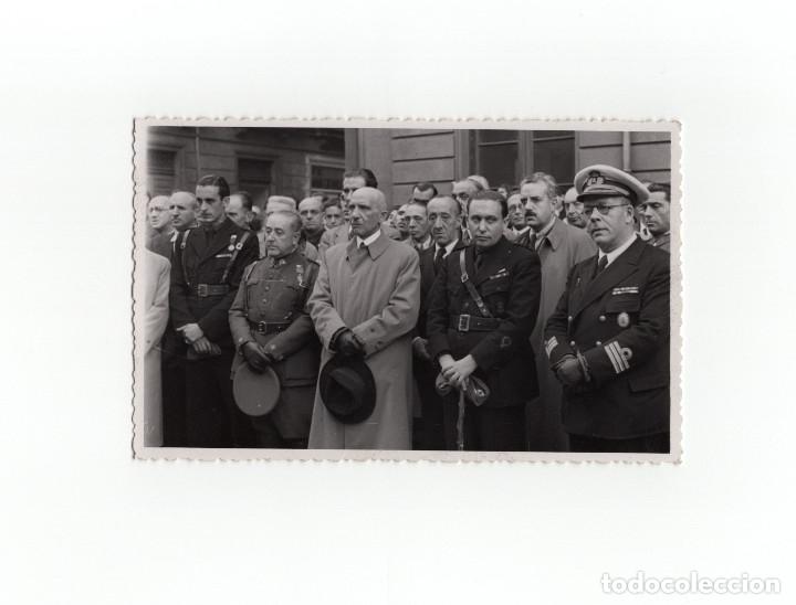 GIJÓN.(ASTURIAS).- ACTO MILITAR. FALANGE. MARINA. DISTINTIVO DE PECHO CUARTEL DEL GENERALISIMO (Postales - España - Asturias Antigua (hasta 1.939))