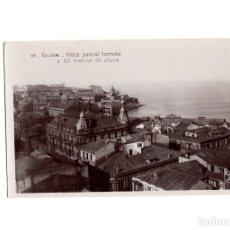 Postales: GIJÓN.(ASTURIAS).- VISTA PARCIAL TOMADA A 60 METROS DE ALTURA.. Lote 181518595