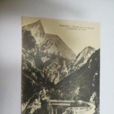Cartes Postales: TARJETA POSTAL. PONTON, ASTURIAS. PUENTE DE LOS CABRONES Y MONTAÑA DE RUES. LA GAULOISE. Lote 187562985
