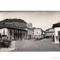 Postales: PRAVIA PARQUE Y COLEGIATA.. Lote 191013135
