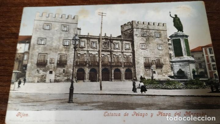 POSTAL GIJÓN. ESTATUA DE PELAYO Y PLAZA DEL MARQUÉS. COLOREADA. (Postales - España - Asturias Antigua (hasta 1.939))