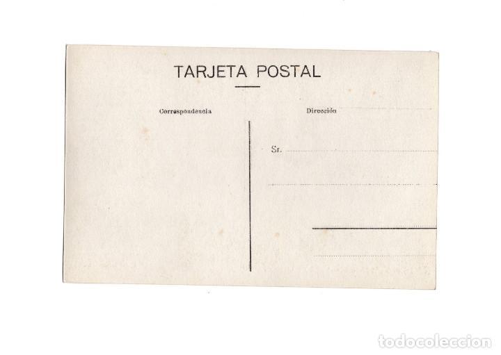 Postales: VILLAVICIOSA.(ASTURIAS).- CALLE DE OVIEDO. POSTAL FOTOGRÁFICA. - Foto 2 - 196389337