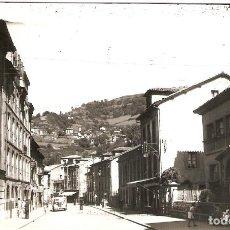 Postales: MOREDA (ASTURIAS) CALLE DEL GENERALÍSIMO.. Lote 209993270