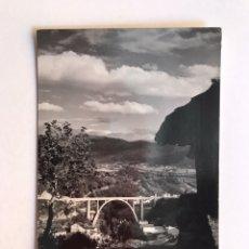Postales: LUARCA (ASTURIAS) POSTAL: EL VIADUCTO, EFICIONES GOMEZ (H.1950?) ESCRITA... Lote 211887993