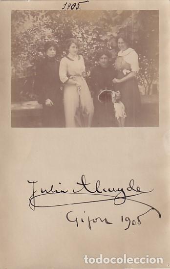 POSTAL FOTOGRÁFICA, CON LA IMAGEN Y LA FIRMA DE LA PINTORA JULIA ALCAYDE MONTOYA GIJÓN 1905 (Postales - España - Asturias Antigua (hasta 1.939))