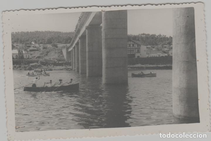 LOTE B-FOTOGRAFIA AÑOS 40-50 ZONA COAÑA ASTURIAS ¿NAVIA? CAMPEONATO REMO MEDIDAS 12X8 (Postales - España - Asturias Moderna (desde 1.940))
