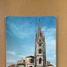 Postales: POSTAL A CATEDRAL DE OVIEDO. AÑOS 70. Lote 263579385