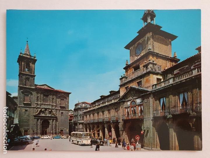 OVIEDO - PLAZA MAYOR - LAXC - P57942 (Postales - España - Asturias Moderna (desde 1.940))