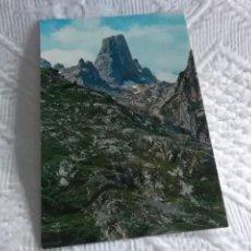 Postales: POSTAL DE OVIEDO PICOS DE EUROPA. Lote 278455963