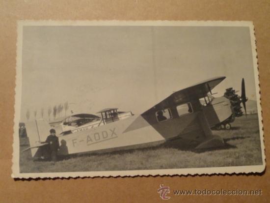 POSTAL ANTIGUA CON AEROPLANO F-AODX (CON NIÑO) AVION AVIONETA (Postales - Postales Temáticas - Aeroplanos, Zeppelines y Globos)