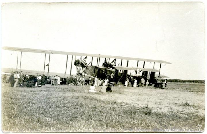 AEROPLANO, PROBABLEMENTE EN EL PRAT (BARCELONA), HACIA 1920. (Postales - Postales Temáticas - Aeroplanos, Zeppelines y Globos)
