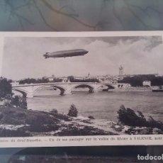Postales: POSTAL DE UN GRAF ZEPPELIN, DIRIGIBLE A SU PASO POR EL CALLE DE RHONE A VALENCE, OCTUBRE DE 1934, ED. Lote 110029307