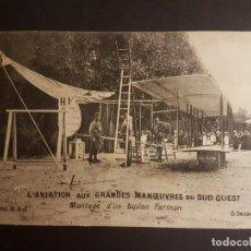 Postales: POSTAL AVIACION MONTAJE DE UN BIPLANO FARMAN. Lote 140593590