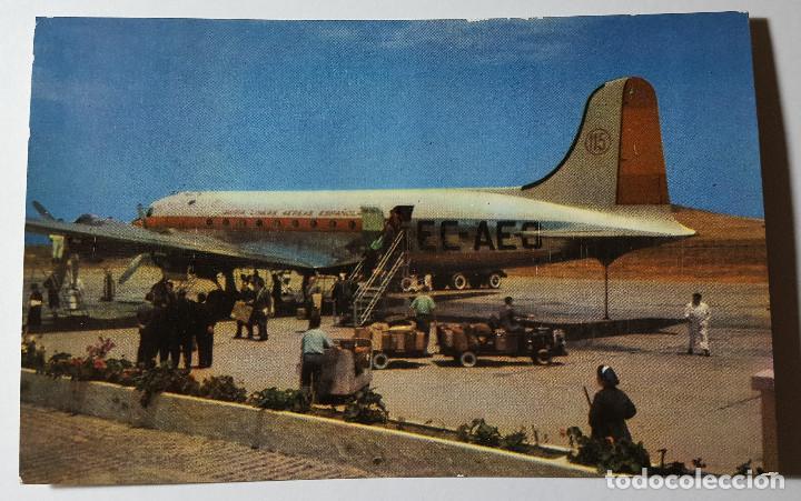 POSTAL DE AEROPUERTO DE GANDO LAS PALMAS DE GRAN CANARIA IBERIA - DOUGLAS DC-4 (Postkarten - Thematische Postkarten - Flugzeuge, Zeppeline und Heißluftballons)