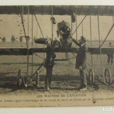 Postales: PIONEROS DE LA AVIACION ROGER SOMMER DESPUES DE ATERRIZAR ORIGINAL. Lote 166368082