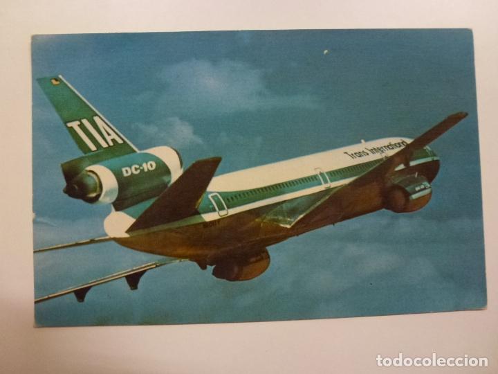 POSTAL. SUNDOWN IN THE SOUTH PACIFIC. TRANS INTERNATIONAL AIRLINES. MIKE ROBERTS. NO ESCRITA. (Postales - Postales Temáticas - Aeroplanos, Zeppelines y Globos)