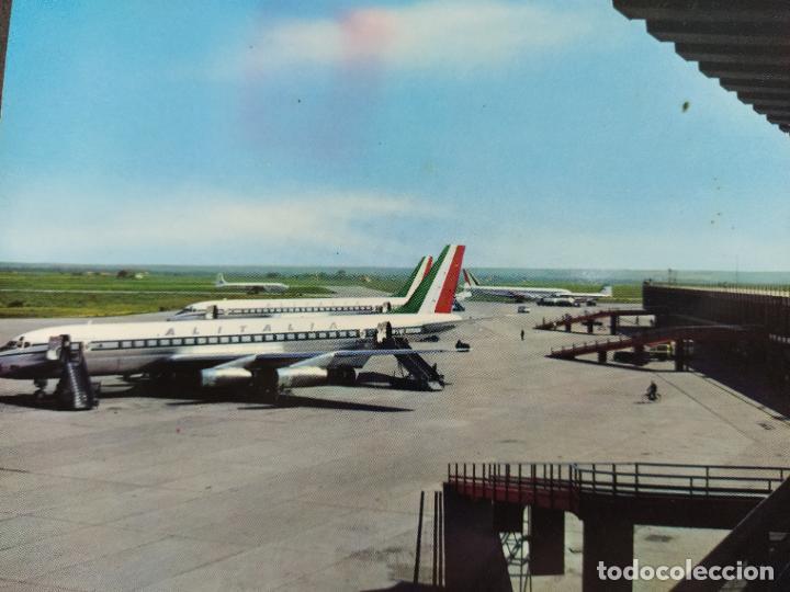 AVION-FIUMICINO-AEROPUERTO INTERCONTINENTAL DE ROMA-POSTAL DE AVION-(68.175) (Postales - Postales Temáticas - Aeroplanos, Zeppelines y Globos)