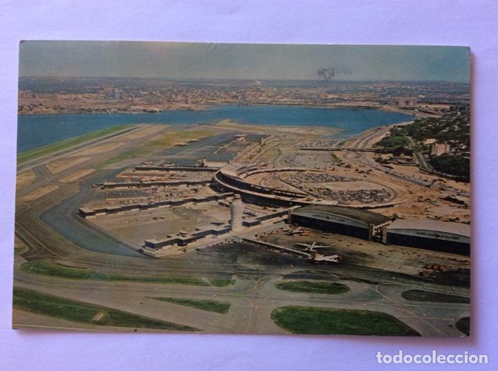 POSTAL AVIÓN. AEROPUERTO DE LA GUARDIA AIRPORT. USA. ESTADOS UNIDOS. (Postales - Postales Temáticas - Aeroplanos, Zeppelines y Globos)