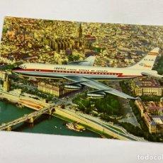 Postales: TARJETA POSTAL. JET DC-8 SOBREVOLANDO SEVILLA. IBERIA. Lote 254988870