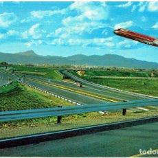 Postales: PALMA DE MALLORCA / AUTOPISTA DEL AEROPUERTO (CON EL DESPEGUE DE UN AVIÓN / DOUGLAS DC-9). Lote 263151635