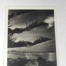 Postales: POSTAL: PALMA DE MALLORCA A LA LUZ DE LA LUNA, E.ORSINGER, CIRCULADA 1954. Lote 14441318