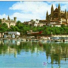 Postales: BONITA POSTAL - PALMA DE MALLORCA - EL PUERTO CON LA LONJA Y LA CATEDRAL AL FONDO . Lote 14685445