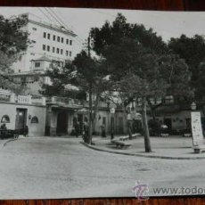 Postales: ANTIGUA FOTO POSTAL DE MALLORCA, N. 29, PLAZA GOMILLA, CIRCULADA, ED. CYP.. Lote 30730641