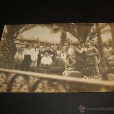 Postales: PALMA DE MALLORCA GRUPO DE ESPAÑOLES Y ALEMANES POSTAL FOTOGRAFICA EDICION ALEMANA. Lote 41284644
