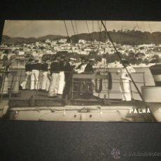 Postales: PALMA DE MALLORCA MARINOS DE LA MARINA ALEMANA EN BARCO ALEMAN POSTAL FOTOGRAFICA AÑOS 20. Lote 42423989