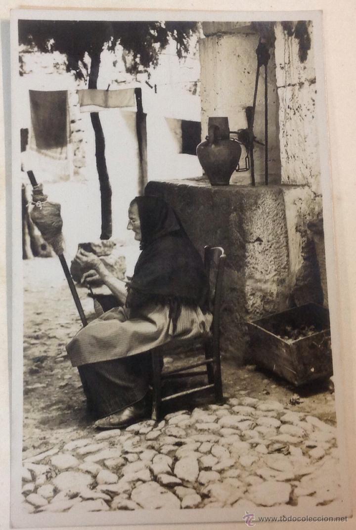 MALLORCA. CAMPESINA. HILANDERA. (POSTAL FOTOGRÁFICA, TRUYOL) (Postales - España - Baleares Antigua (hasta 1939))
