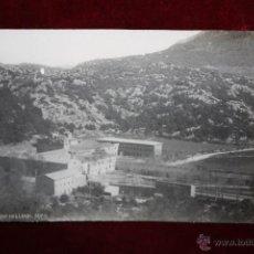 Postales: ANTIGUA FOTO POSTAL DEL MONASTERIO DE LLUCH. MALLORCA. VISTA GENERAL. SIN CIRCULAR. Lote 47692090