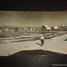 Postales: ALCUDIA MALLORCA MUELLE Y EMBARCADEROS POSTAL FOTOGRAFICA. Lote 56805894