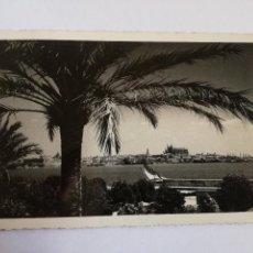 Postales: PALMA DE MALLORCA FOTO BALEAR - POSTAL FOTOGRAFICA CIRCULADA AÑOS 50 CON SELLO FRANCO 35 CTS. Lote 113121263