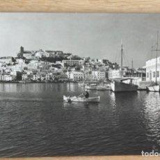 Postales: IBIZA - LA CIUDAD Y CLUB NAUTICO. Lote 115490607